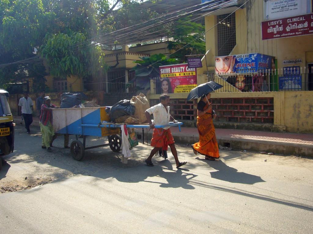 cochin-signpost-beautparlor