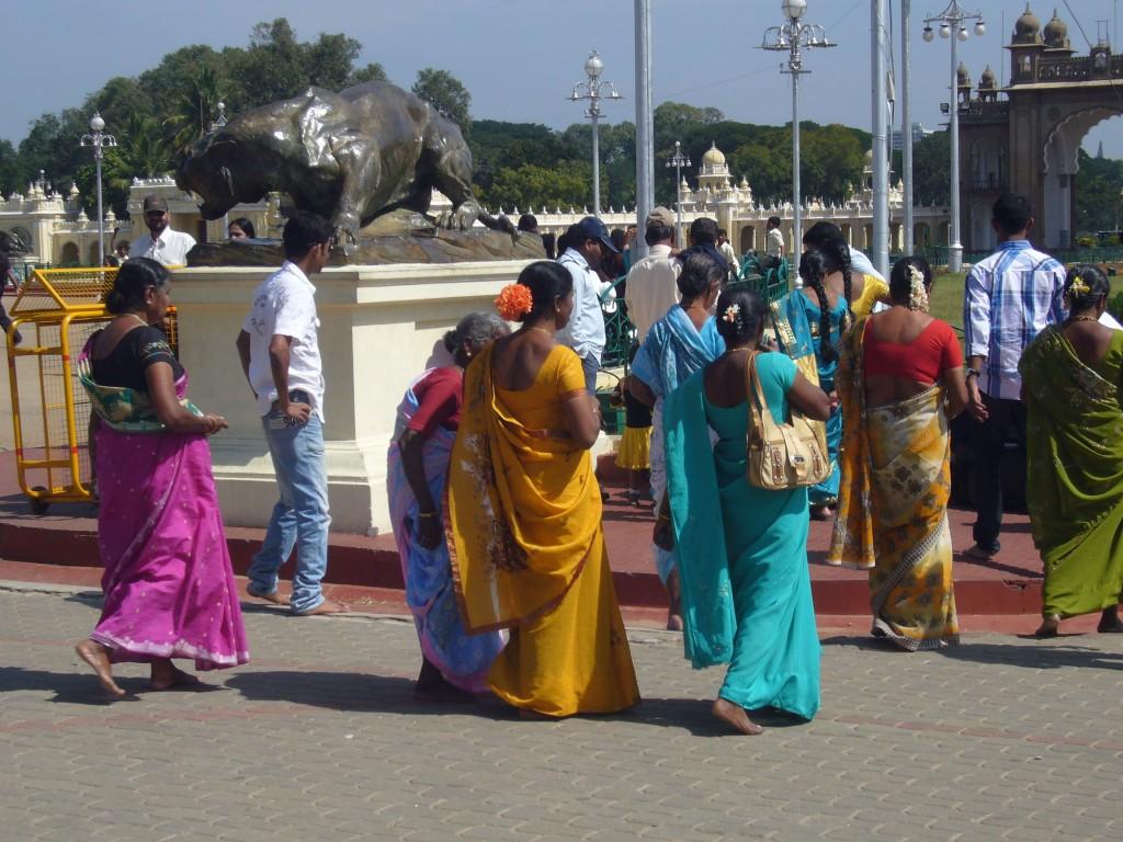 mysorepalace-sariwomen