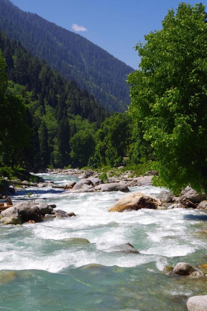 kaschmir-trekking-naranagh-fluss