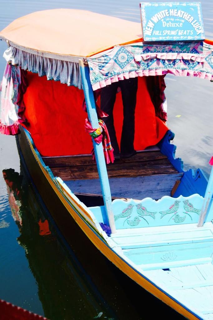 srinagar-shikara-blue