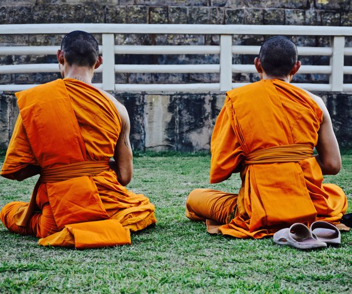 Sarnath_Monks_Back