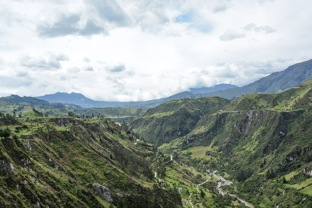 Traveling the World Ecuador Wandern Quilotoa Loop Anden Toachi Canyon