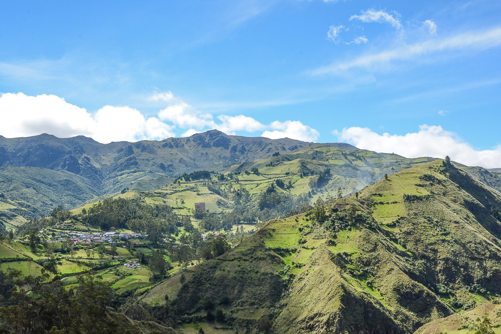 Traveling the World Ecuador Wandern Quilotoa Anden Isinlivi